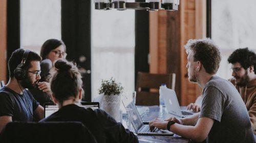 millennials criptomonedas unsplash