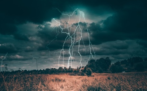 lightning network unsplash